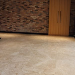 thulahome-cappuccino-light-premium-polished_marble_tiles_roomscene